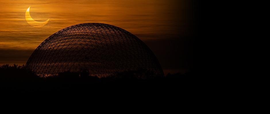 Méditations à la Biosphère par matin d'éclipse