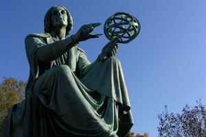 Statue de Nicolas Copernic.