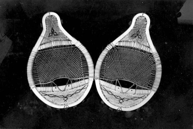 Beaver tail snowshoes of Mistassini manufacture (Lake Mistassini 1944)