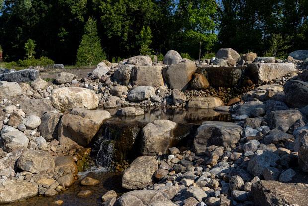 Waterfall and stones at the Jardin botanique de Montréal