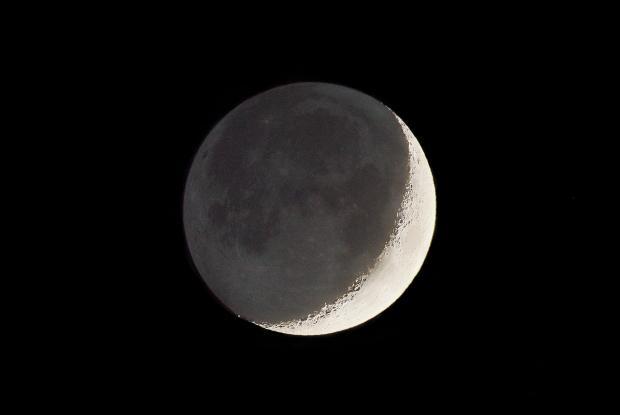 Croissant lunaire et lumière cendrée 20180518