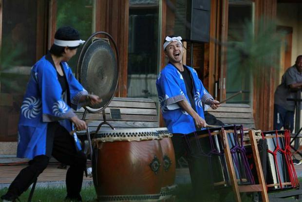 Japanese drumming