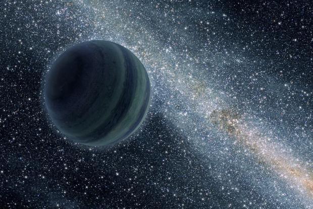 Une vue d'artiste de la planète errante SDSS 1110+0116. On y voit cet objet similaire à Jupiter, mais qui n'est pas en orbite autour d'une étoile, flottant librement dans l'espace avec la Galaxie en arrière-plan.