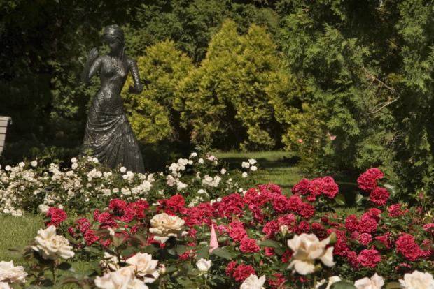 The First Jewels, a sculpture in the heart of the Rose Garden.